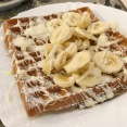 Waffle with White Chocolate and Bananas
